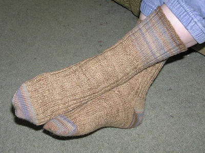 toe-up-socks